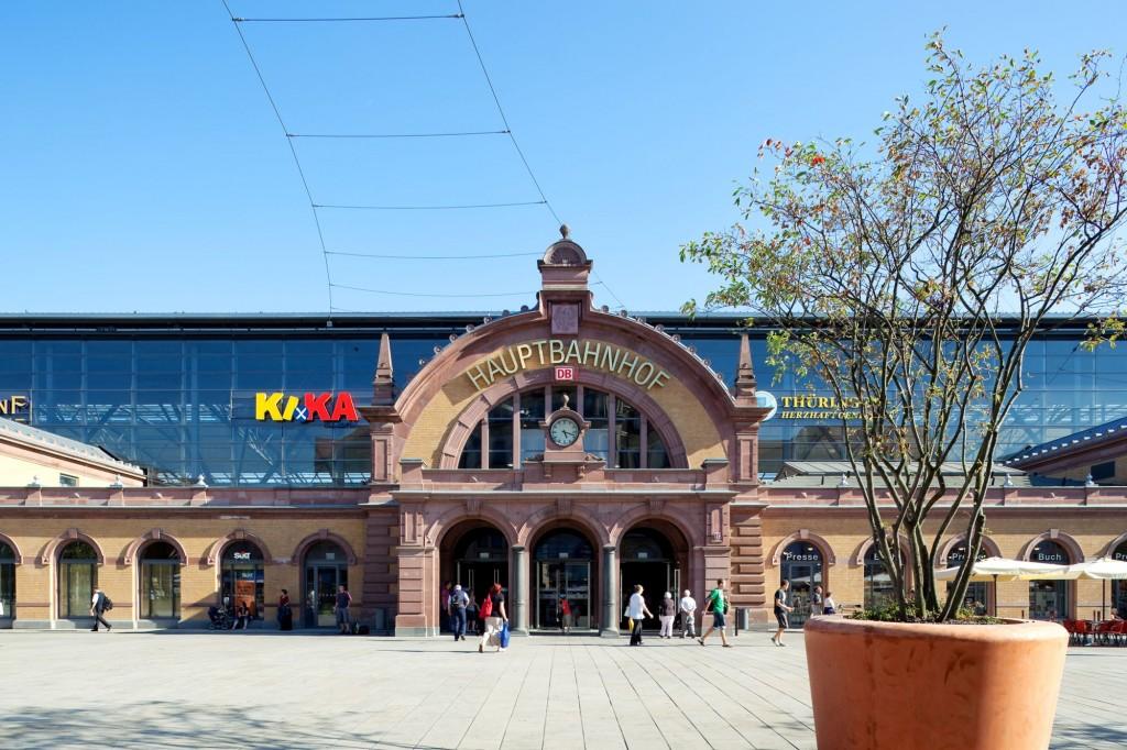 Der Bahnhof Erfurt vereinigt historische und moderne Architektur-Elemente  (Foto: Gerd Kittel für Allianz pro Schiene)