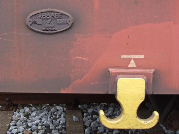 Graaff baute früher Autotransportwagen